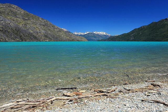 Comarca andina del Paralelo 42, Lago Puelo