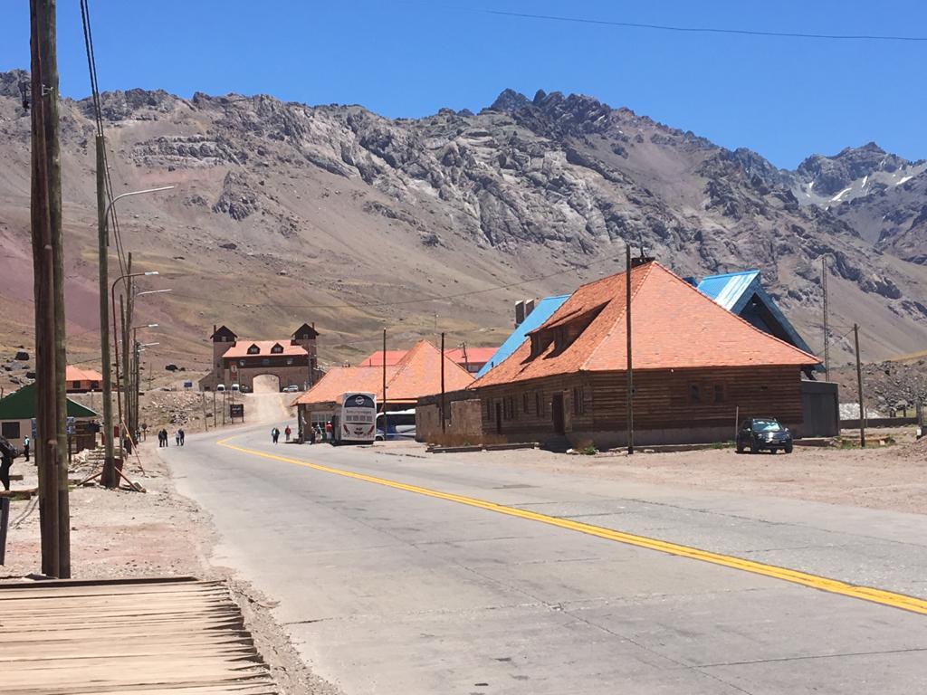 Las Cuevas-Excursión Alta Montaña-Mendoza